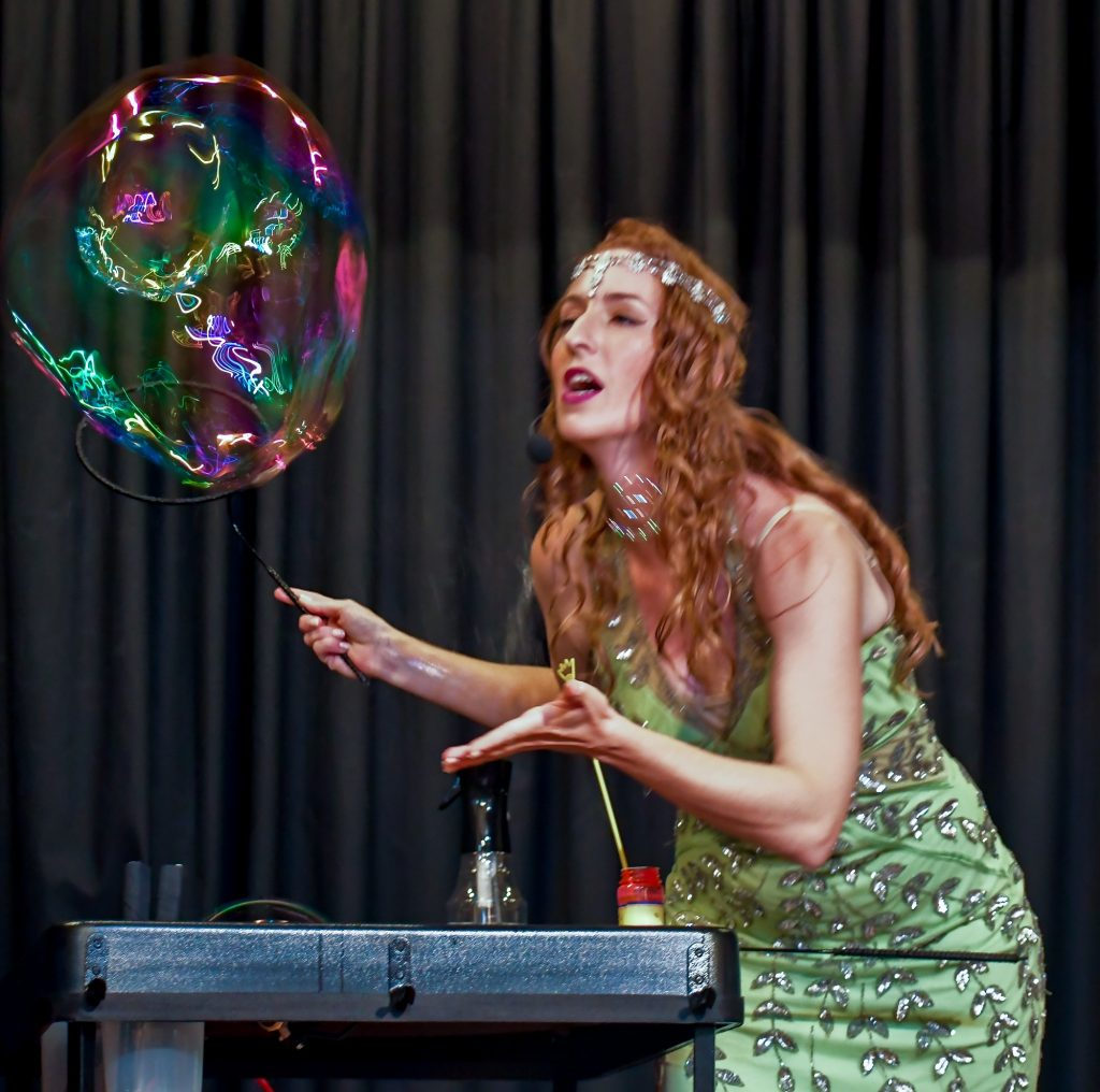 Medow Perry Bubble Magic